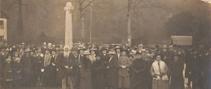Unveiling ceremony of Winsford war memorial in 1921, taken by Vowles.
